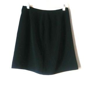 5/$15 Geoffrey Beene Sport 12 Black Wrap Skirt